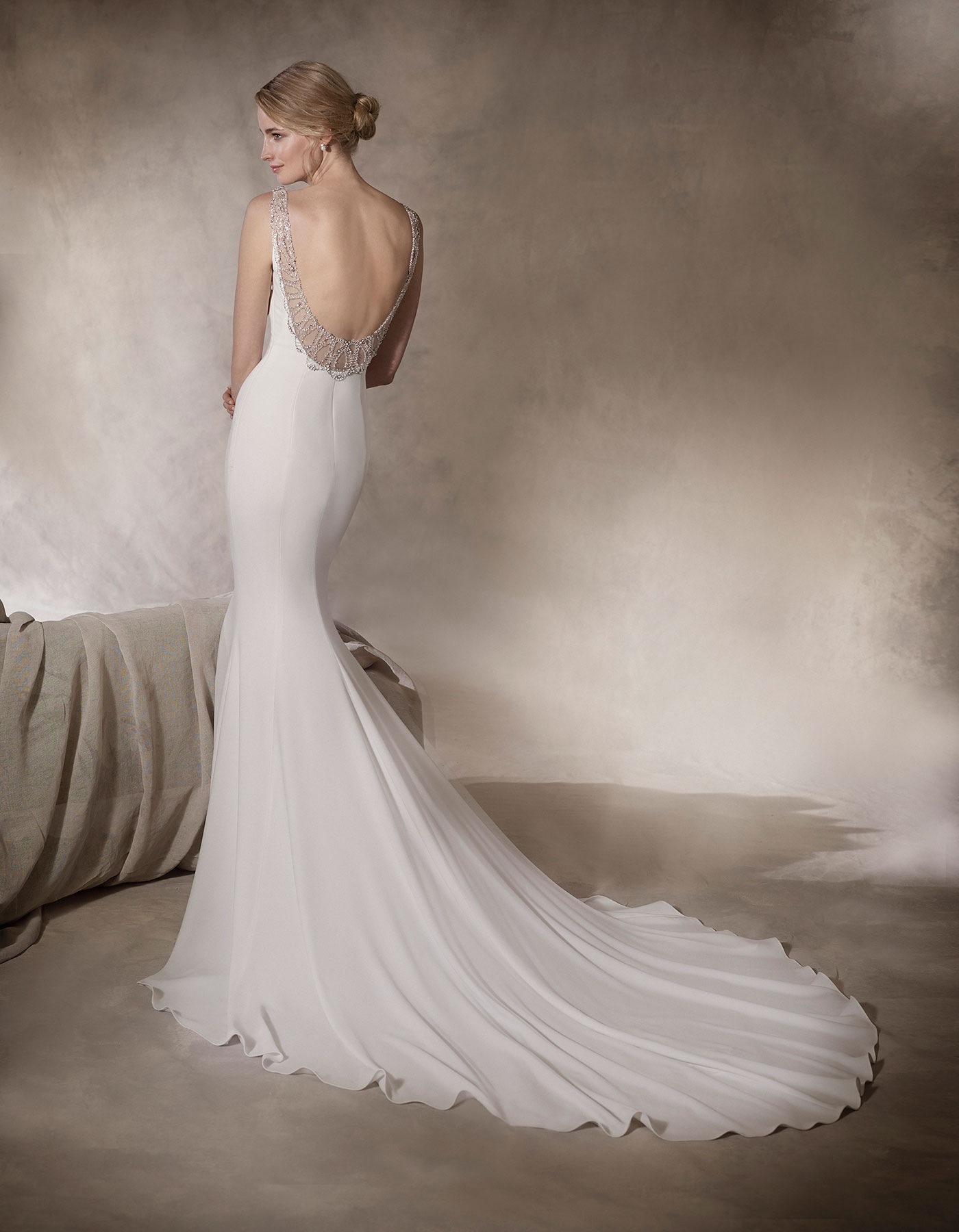 Haliza la sposa sexy crepe wedding dress with beaded for La sposa wedding dresses