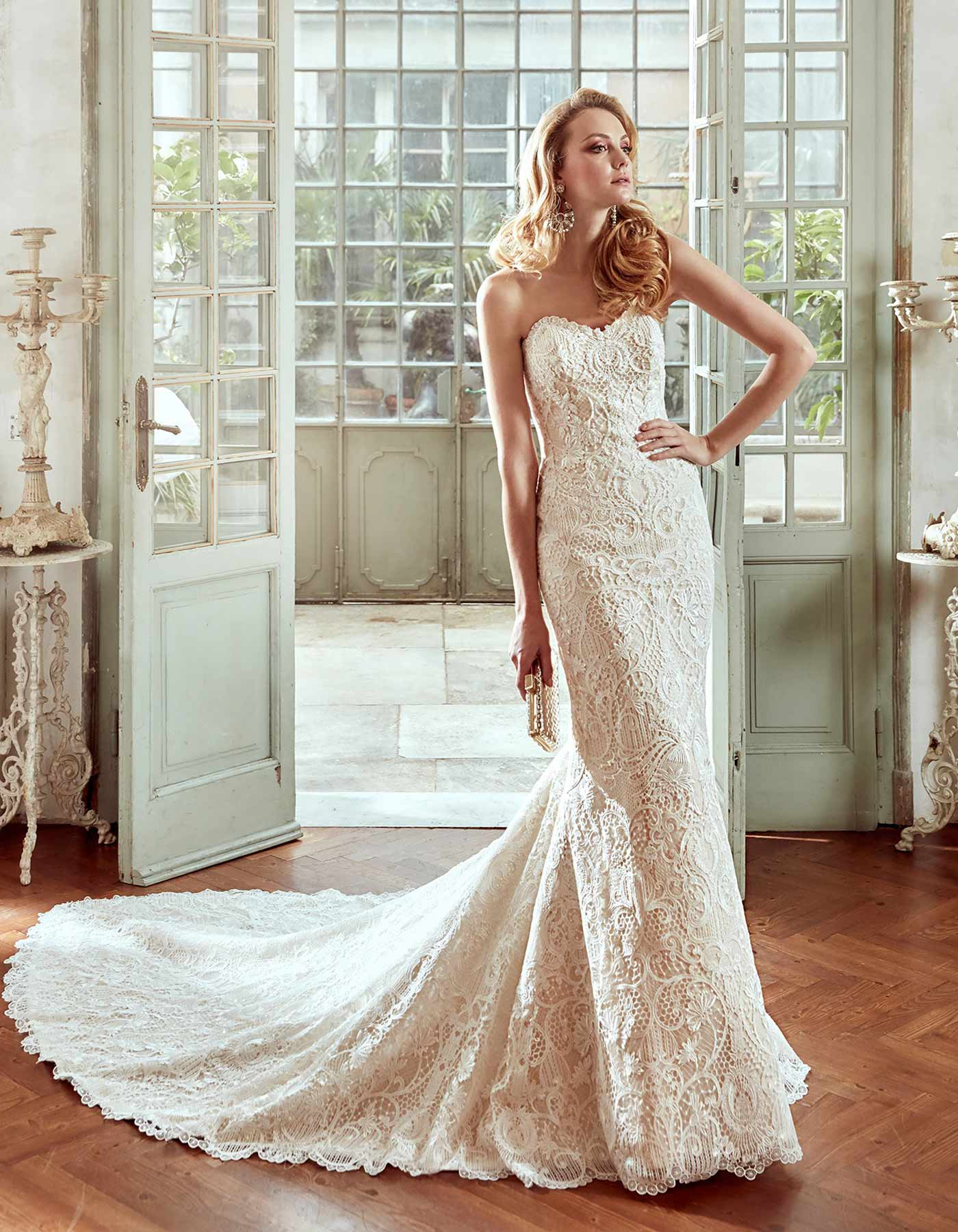 17109 By Nicole Spose Stunning Lace Fitted Wedding Dress