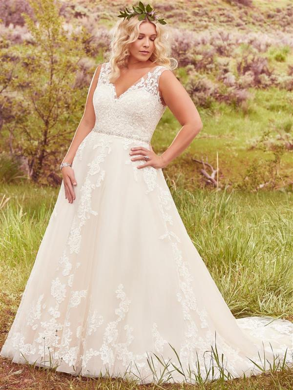 Dressing your curves 10 maggie sottero plus size wedding for Off the rack wedding dresses melbourne