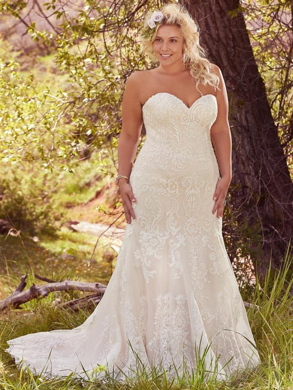 Dressing your curves 10 maggie sottero plus size wedding for Wedding dresses for thick girls