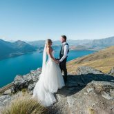 bride and groom mountain top queenstown new zealand