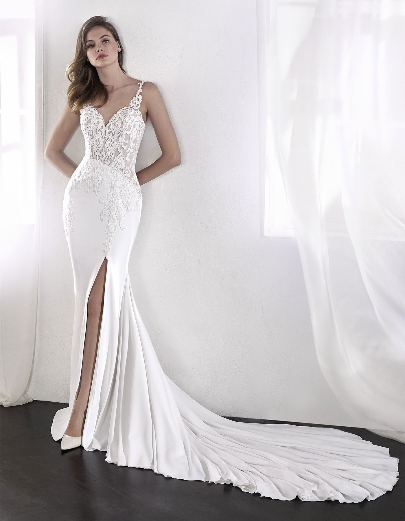 Slim Fitted Wedding Dress With Straps Lael By San Patrick