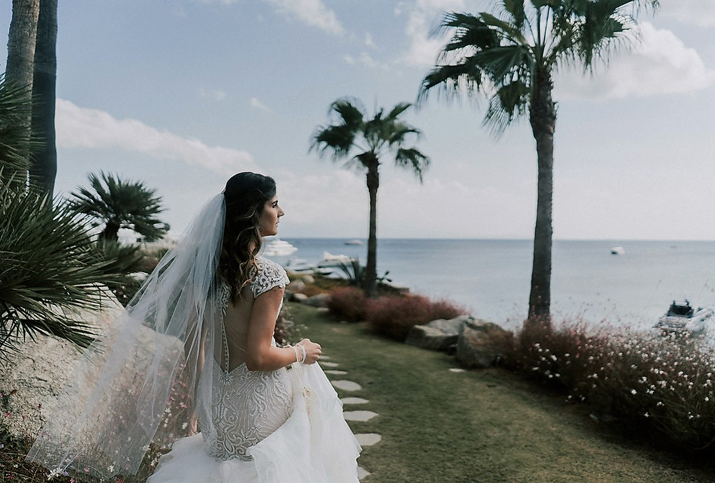 greece destination wedding back of bride photo