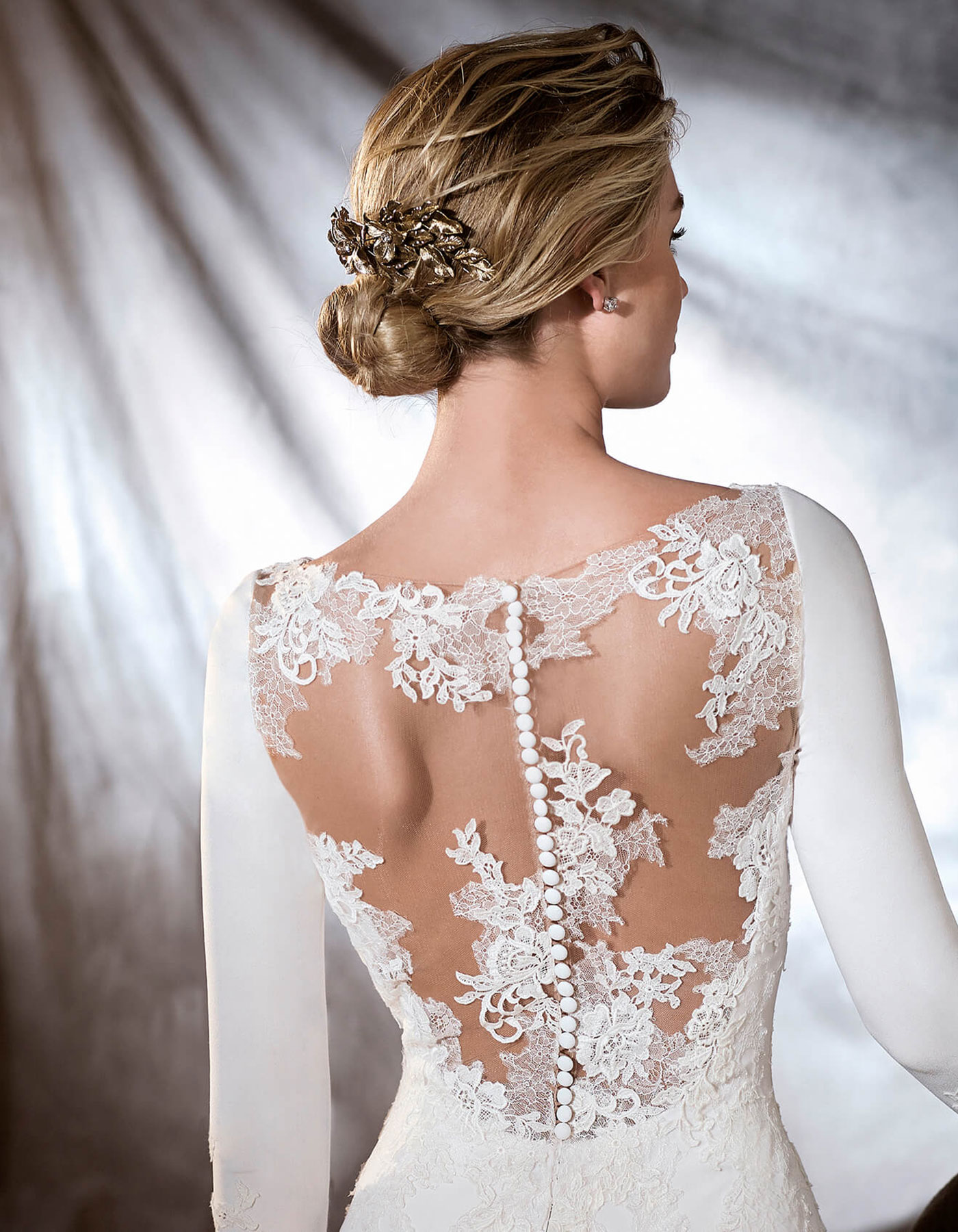 PRONOVIAS ORQUIDEA lace back