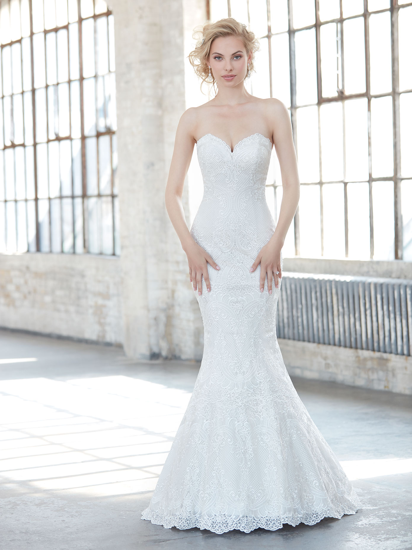 Strapless lace wedding dress featuring a sweetheart neckline, Madison James 2017 Trunk Show coming to Raffaele Ciuca, Melbourne