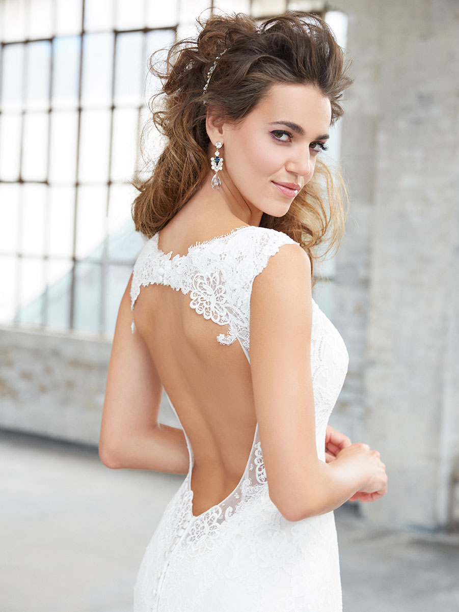 Lace wedding dress featuring a low open back, Madison James 2017 Trunk Show coming to Raffaele Ciuca, Melbourne