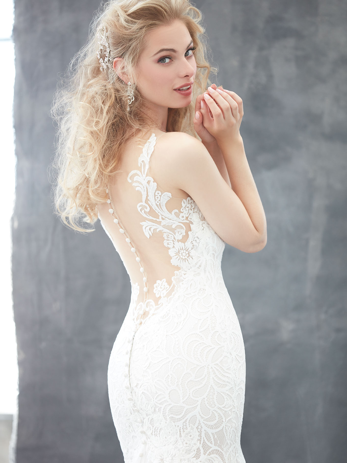 Lace wedding dress featuring a sexy open back, Madison James 2017 Trunk Show coming to Raffaele Ciuca, Melbourne