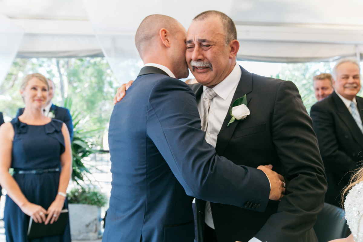 father of the bride photo crying