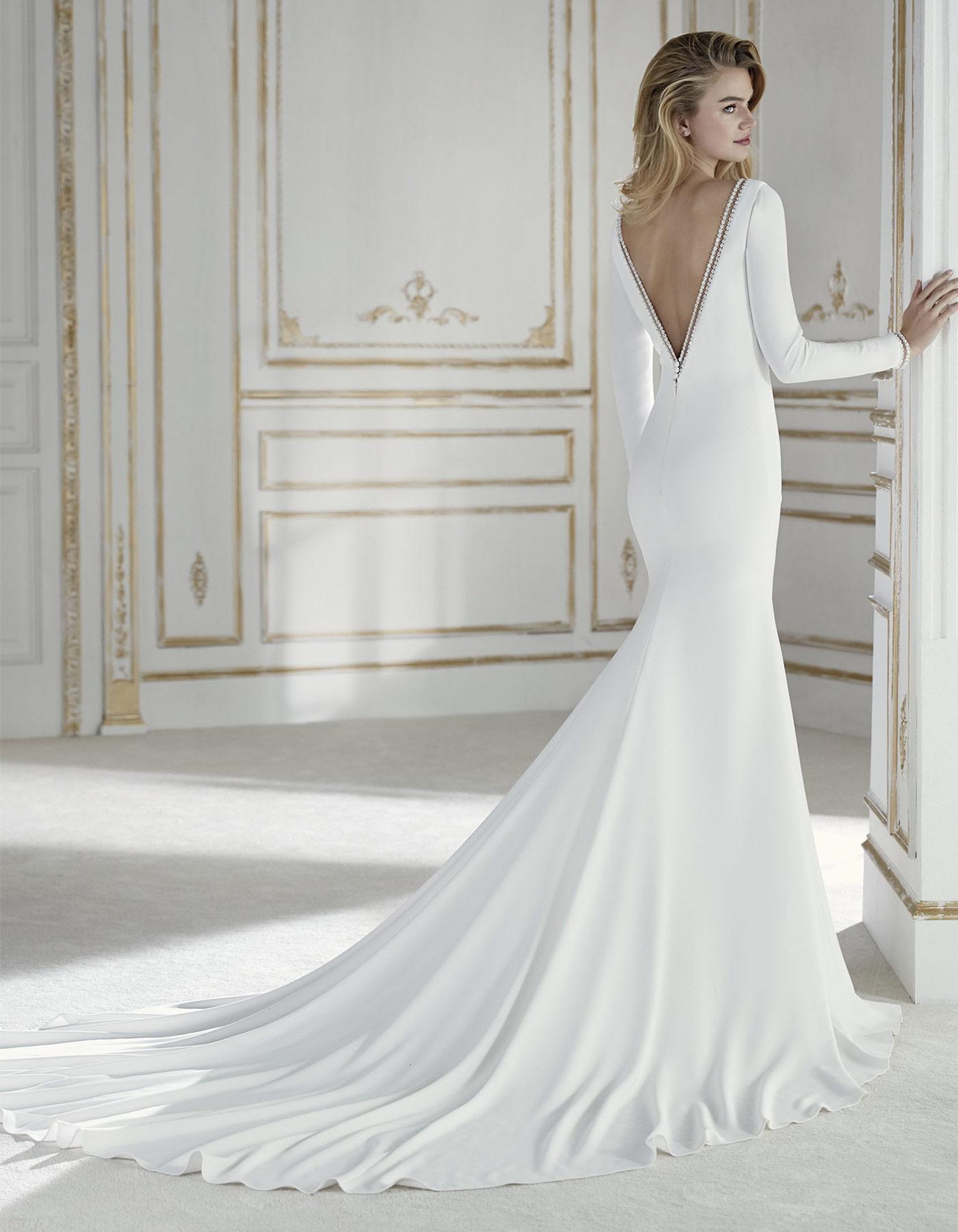 Long sleeve crepe wedding dress