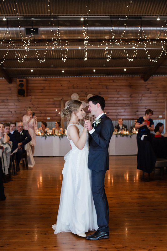 ALYSSA + HAYDEN | #RCREALBRIDE | Darian by Pronovias | Real Bride | Real Wedding | Rustic Wedding | Country Wedding